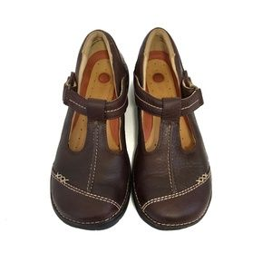 CLARKS Unstructured Brown Leather T Strap Shoes